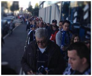 The queue to get into the Icehouse yesterday. Hockey's popularity is getting scary. (And hi, Richard, in the NY cap!)