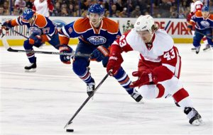 Darren Helm, finally back for the Red Wings, shows that he remembers how to skate. Oh, to move like him. Pic: Detroit News.