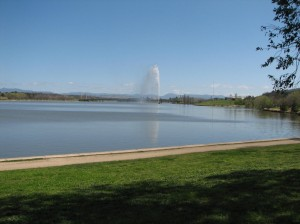 Lake Burley Griffin: freeze that sucker.